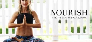 NOURISH; The Fit Woman's Cookbook By Lorna Jane