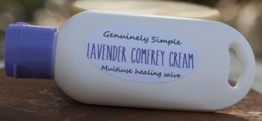 Benefits of Genuinely Simple's Comfrey Cream + A Discount