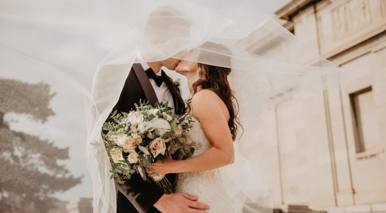 How to Stay Healthy in the Days Leading Up to Your Wedding Day